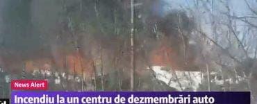 Puternic incendiu în Voluntari, la un punct de colectare de maşini