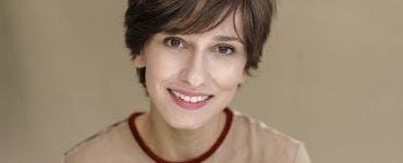 Olivia Steer ironizată de Dana Rogoz pentru argumentele antivaccinare