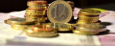Curs valutar 4 aprilie 2019. Euro își continuă descensiunea