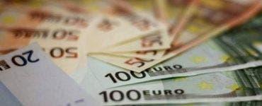Curs valutar 2 aprilie 2019. Cât costă euro azi, la casele de schimb