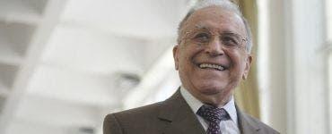 Ion Iliescu a fost transportat la Institutul de Urgență pentru Boli Cardiovasculare Prof. Dr. C.C. Iliescu. Diagnosticul este pericardită hemoragică.