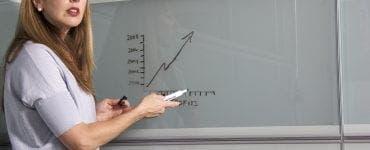 Ministrul Educației anunță adoptarea unei ordonațe de urgență care ii vizează pe profesori