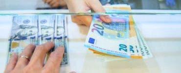 Curs valutar BNR 30 iulie 2019. Ce se întâmplă astăzi cu moneda euro și moneda americană