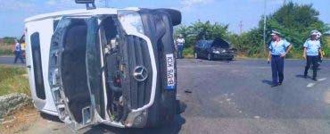 Accident GRAV în Giurgiu. Un microbuz s-a răsturnat. O femeie de 40 de ani a murit