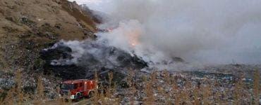 Incendiu puternic la groapa de gunoi din Caracal