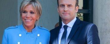 Senzațional! Cum arată Briggite Macron la 66 de ani în costum de baie