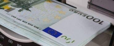 Curs valutar 30 august 2019. Câți lei costă moneda euro în ultima zi bancară a lunii august