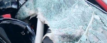 Accident grav în Mihăilești. Trei persoane, între care și o fetiță de 3 ani, au murit