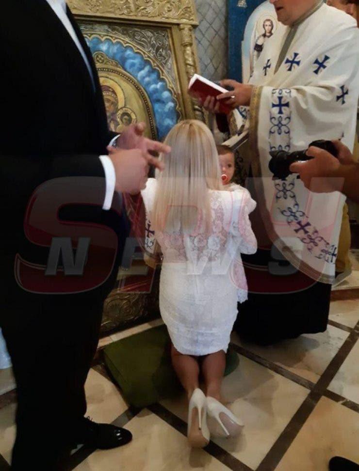 Primele imagini de la botezul fetiței Elenei Udrea