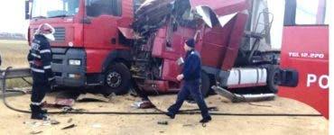 Accident în județul Timiș. 14 persoane au fost implicate în accident