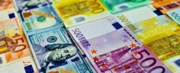 Curs valutar BNR 17 octombrie 2019. Câți lei costă un euro și un dolar astăzi