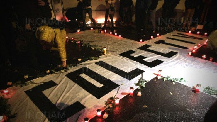 4 ani de la Colectiv. Unii participanți la marșul în memoria victimelor din Colectiv au cerut demisia lui Raed Arafat