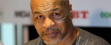 Mike Tyson le dă clasă pugiliștilor tineri! Cum se mișcă la 53 de ani!