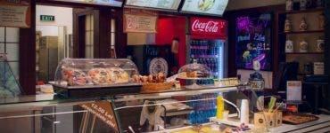 Șapte restaurante dintr-un mare mall din București, închise pentru grave nereguli