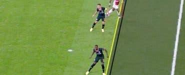 Scandal la meciul Ajax-Chelsea