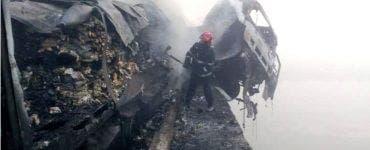 Șoferul TIR-ului care a luat foc în urma unui accident în Sibiu, a fost găsit mort de scafandri