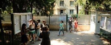 Două eleve s-au bătut