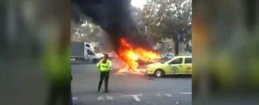 O mașină a sărit în aer în Capitală. Greșeală gravă făcută de șoferul autoturismului