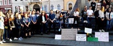 Absolvenții de medicină din Cluj și Iași au protestat amânarea examenului de rezidențiat