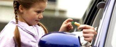 Alertă în Dolj. Un bărbat ademenește copii cu dulciuri să urce în mașina sa