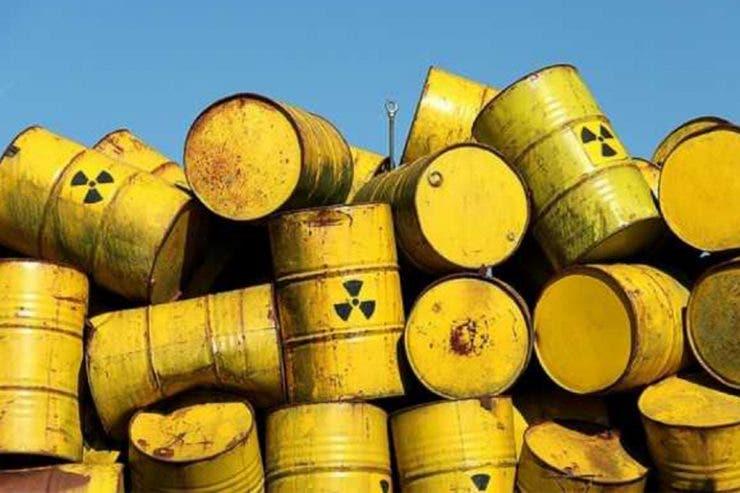 Alertă în Prahova! Un posibil transport de produse radioactive au ajuns la groapa de gunoi