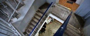 Cazul de la Timișoara. Un pensionar a fost uitat de autorități într-unul din blocurile deratizate