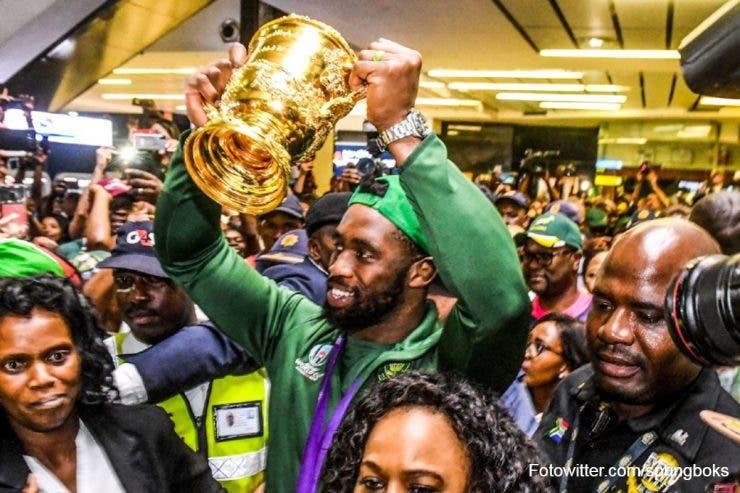 Echipa de rugby a Africii de Sud a dus trofeul acasă