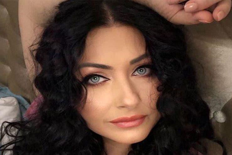 Gabriela Cristea i-a dat replica unei internaute care a făcut-o bătrână