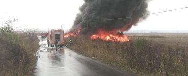 Incendiul din Drăgășani. Degajările de fum au reapărut din cauza vântului puternic