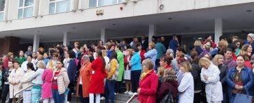 Angajații Spitalului de Urgență Craiova protestează și cer medicamente pentru bolnavi