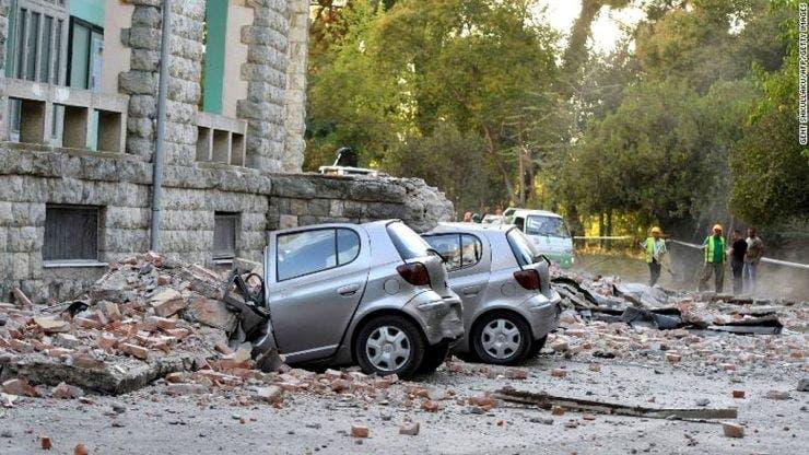 Cutremur în Albania. 6 morți și peste 300 de răniți. România trimite ajutoare