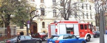 Elevii unui liceu din Timișoara, evacuați din cauza unui puternic miros de gaz