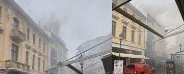 Incendiu în Centrul Vechi al Capitalei. O clădire de 2 etaje a luat foc