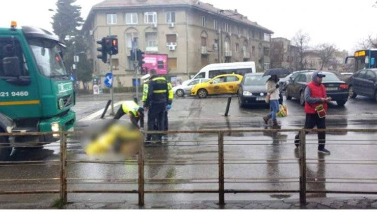 Accident mortal în Capitală. O femeie a fost ucisă de mașina de gunoi pe trecerea de pietoni