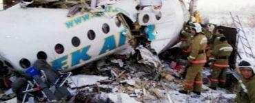 Tragedie aviatică. Un avion cu 100 de pasageri s-a prăbușit în Kasahstan