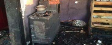 Patru copii au fost surprinși de un incendiu într-o casă din Galați