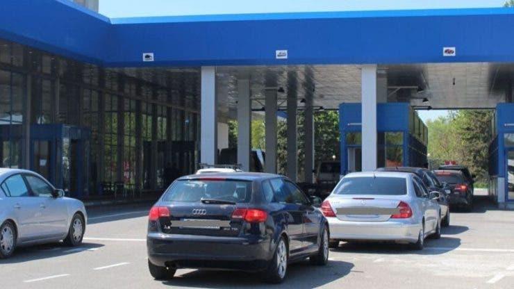 Taxa pentru mașinile poluante din București, amânată. Anunțul făcut de Gabriela Firea