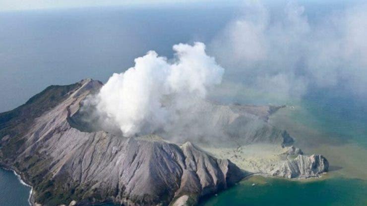 Un vulcan din Noua Zeelandă a erupt. Cinci persoane au murit