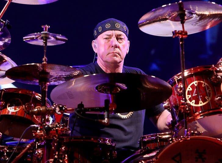 A murit Neil Peart, bateristul și compozitorul trupei Rush. Artistul s-a stins la vârsta de 67 de ani