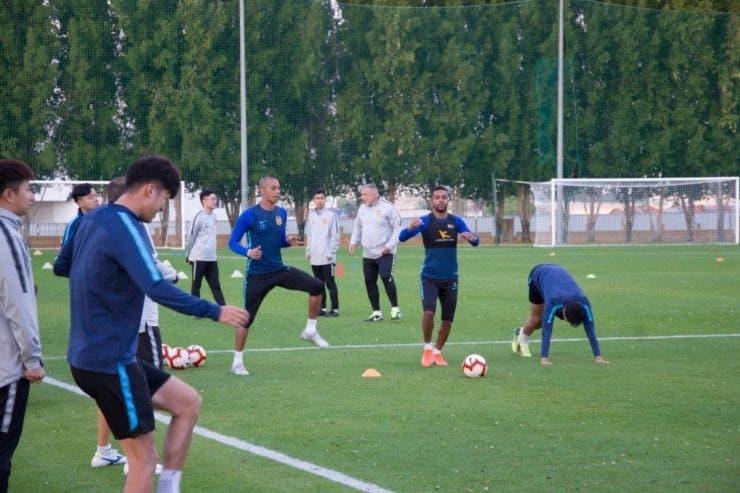 Cosmin Olăroiu şi-a dus echipa departe de China