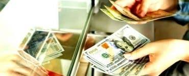 Curs valutar BNR 22 ianuarie 2020. Astăzi euro scade, dolarul crește