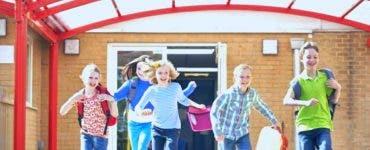 Schimbări importante pentru elevi în anul școlar 2020-2021