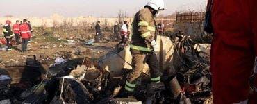 Aeronava care s-a prăbușit în Iran. Ce naționalitate aveau pasagerii care se aflau la bordul avionului