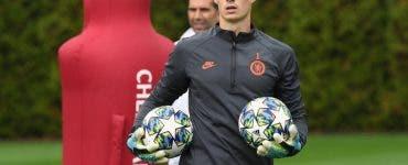 Chelsea scapă de cel mai scump portar
