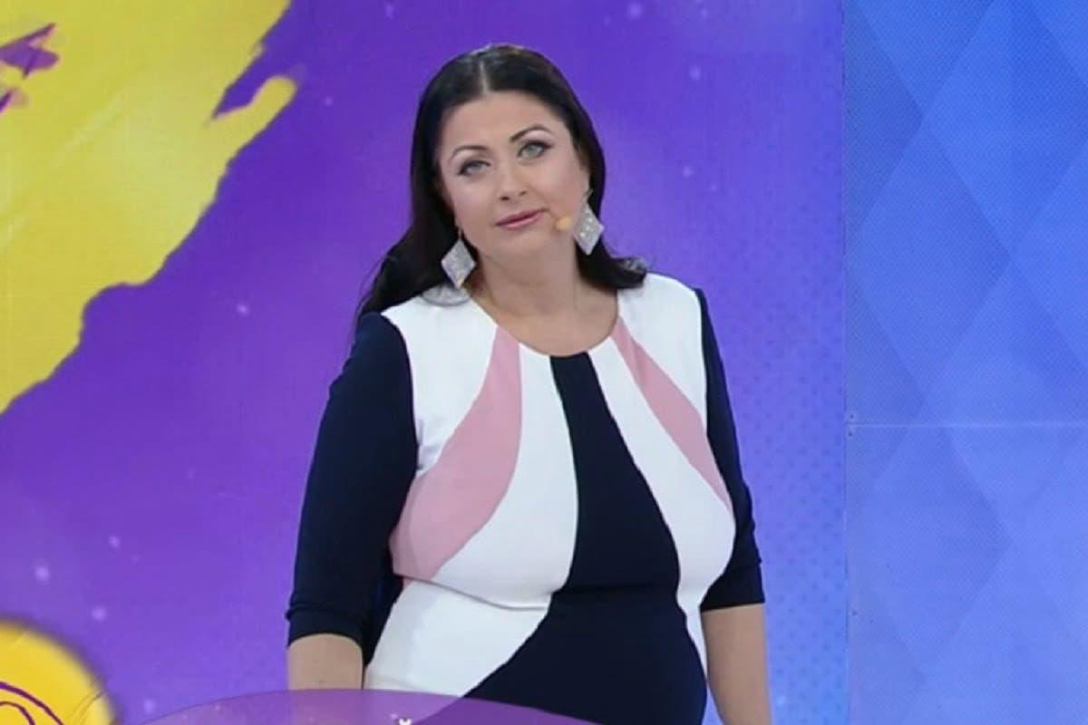 """Gabriela Cristea este foc și pară! Prezentatoarea a lansat un atac dur la adresa femeilor care o critică: """"M-am chinuit să mă opresc din mâncat"""""""