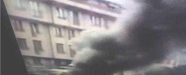 Incendiu puternic pe Bulevardul Timișoara din București! Pompierii se luptă cu flăcările