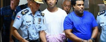 Ce se întâmplă cu Ronaldinho în arest
