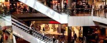 Mall-urile din Capitală își schimbă programul în perioda următoare