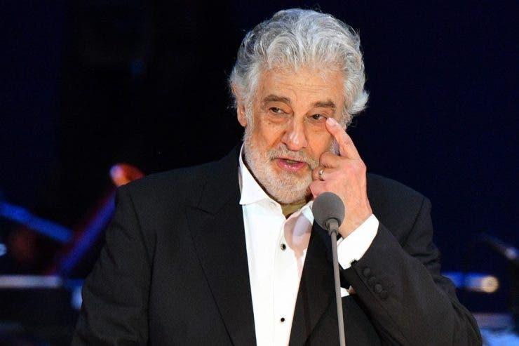 Placido Domingo, testat pozitiv