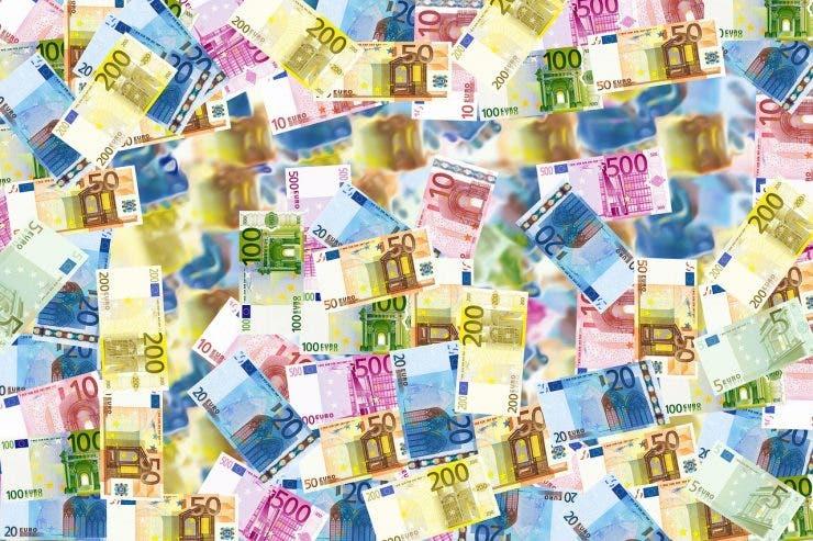 Curs valutar 8 aprilie 2020